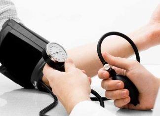 misurare-pressione-alta